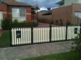 pictures of Steel Fencing Redcliffe