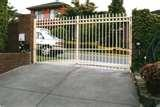 pictures of Brick And Steel Fences