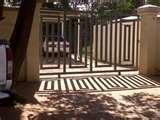 pictures of Steel Fencing Johannesburg